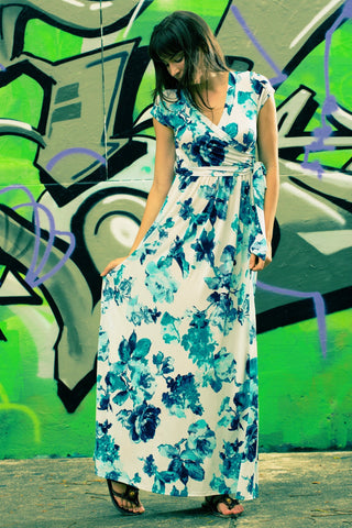 Island Breeze Maxi Dress (All sizes)