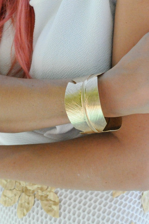 Clearlake Leaf Wrap Cuff (2 Colors)
