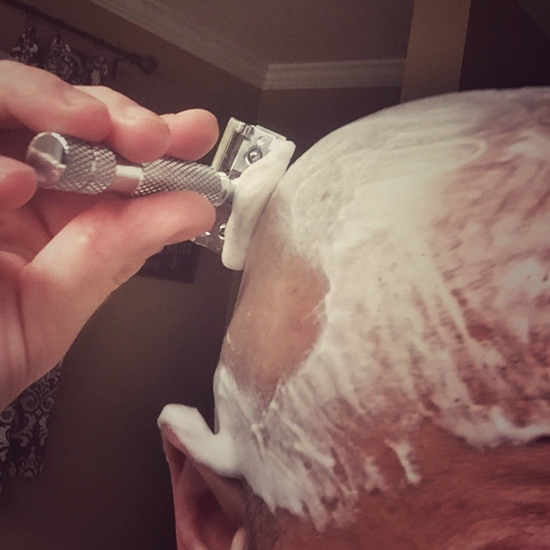 Shaving Head With Safety Razor