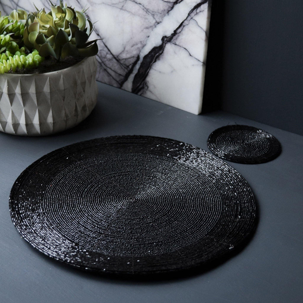 Placemat, Round Beaded - Black - Liv's