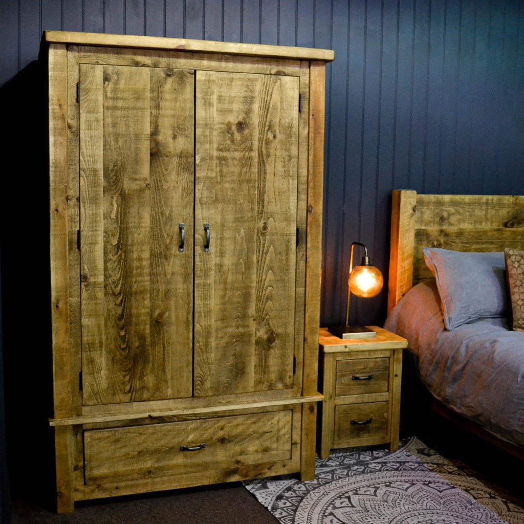 Sherwood - Large Double Wardrobe w/Drawer. Avail. in 2 colours - Liv's