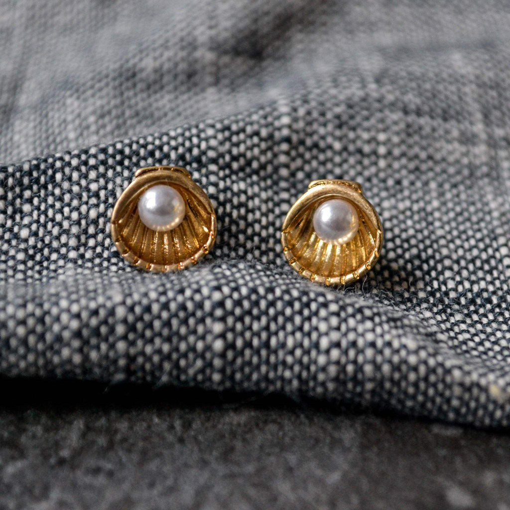 Earrings - Gold Shell Stud with Pearl - Liv's