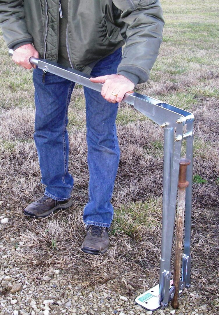 JackJaw® 402 Tent Stake Puller INCLUDING AC0009 Adapter
