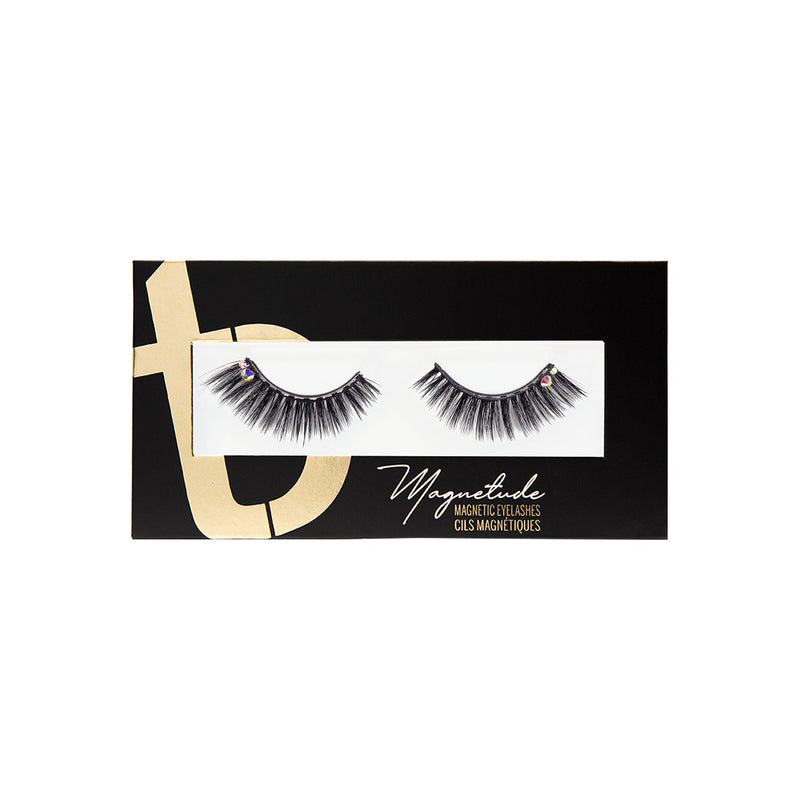 Amore Magnetude Lash closed box