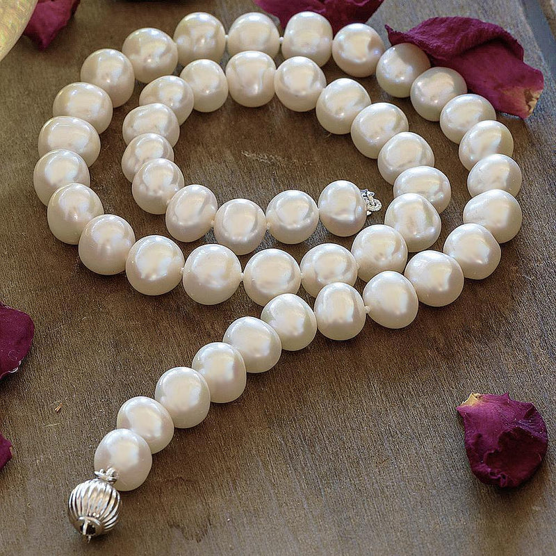 """Audrey"" Freshwater Pearl Necklace with Sterling Silver Clasp - Révélations Boutique"