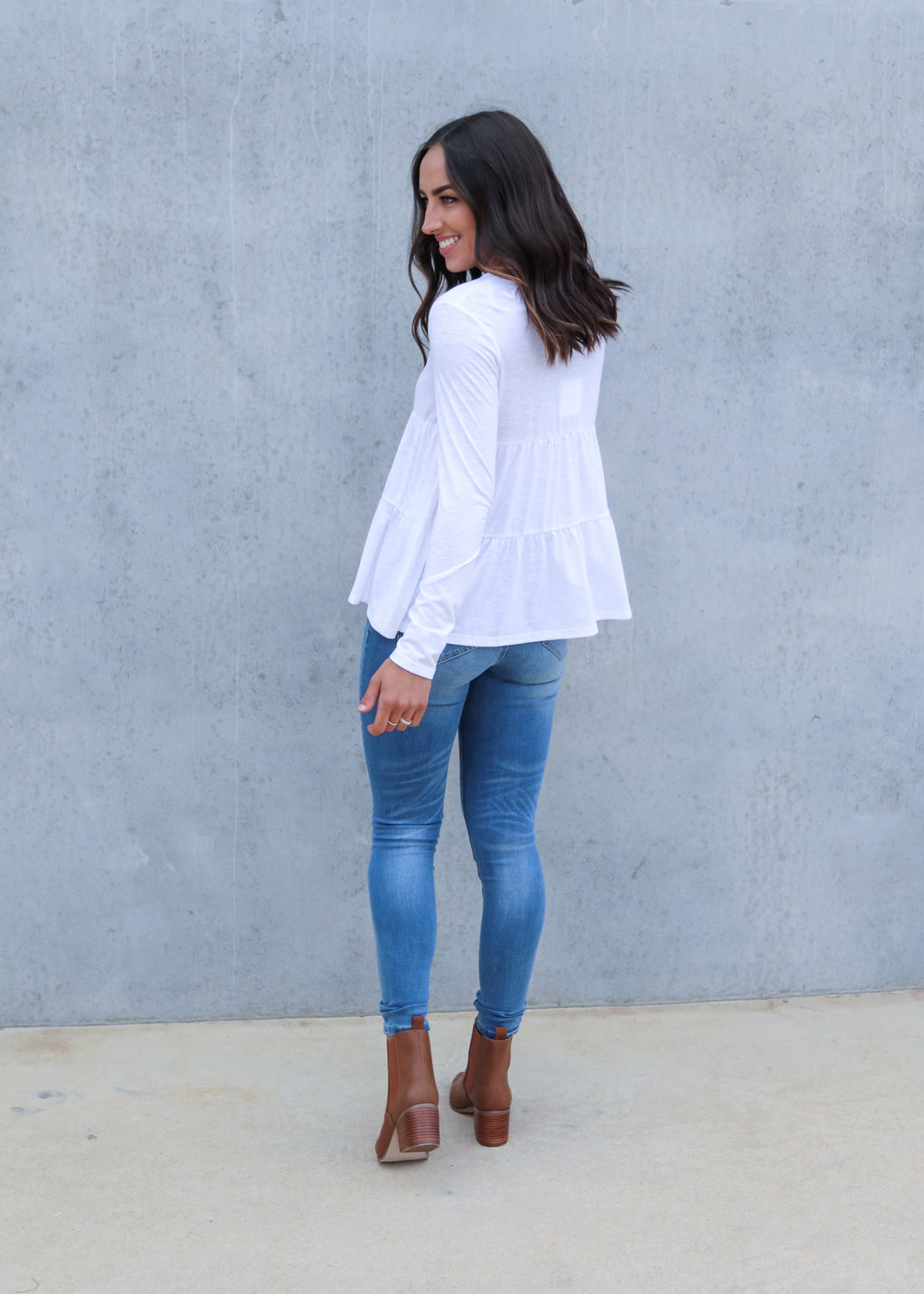EVERLY L/S TOP- White