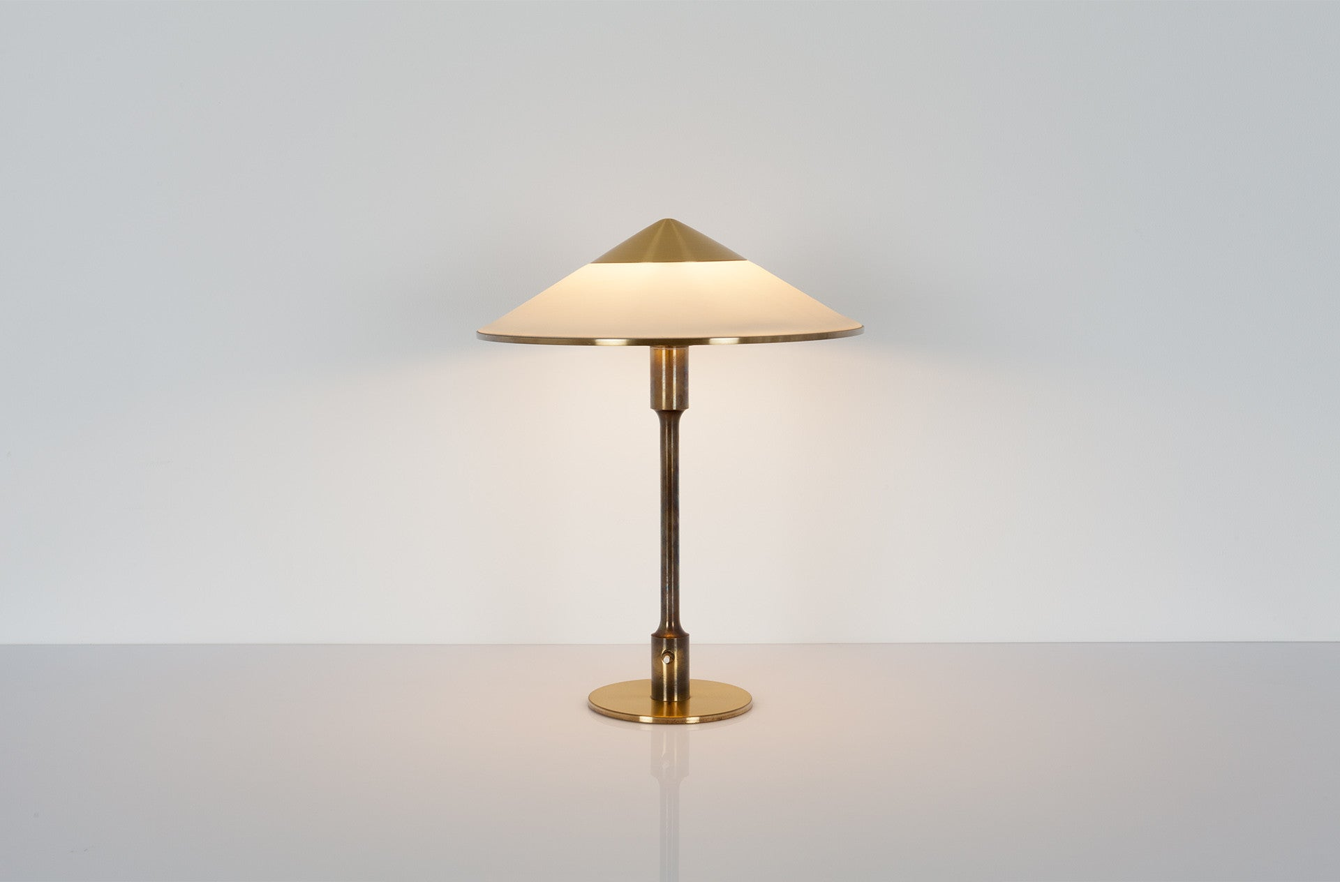 Kongelys table lamp (T3) by Niels Rasmussen Thykier