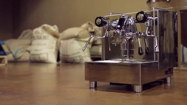 SuperAutomatic Vs. Manual Espresso Machine. Which is best for you?