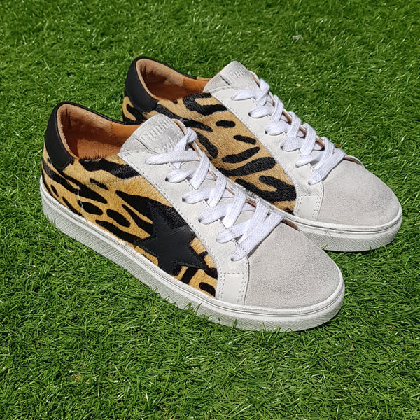 Tenis April Leopardo *NEW* pony skin & Black Leather Star
