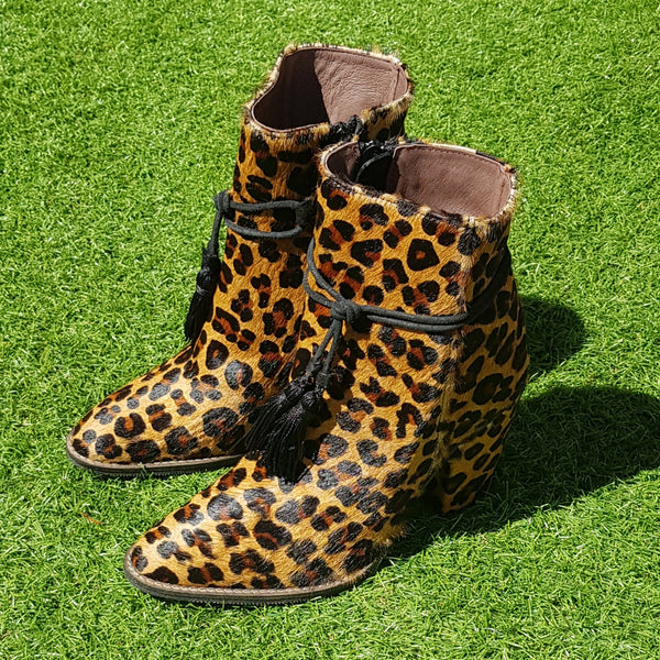 -55.97% OFF - Bota Leopardo