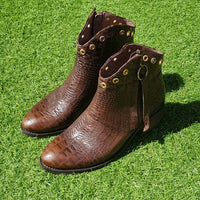 - 55.97% - Bota Sarah Croco Brown