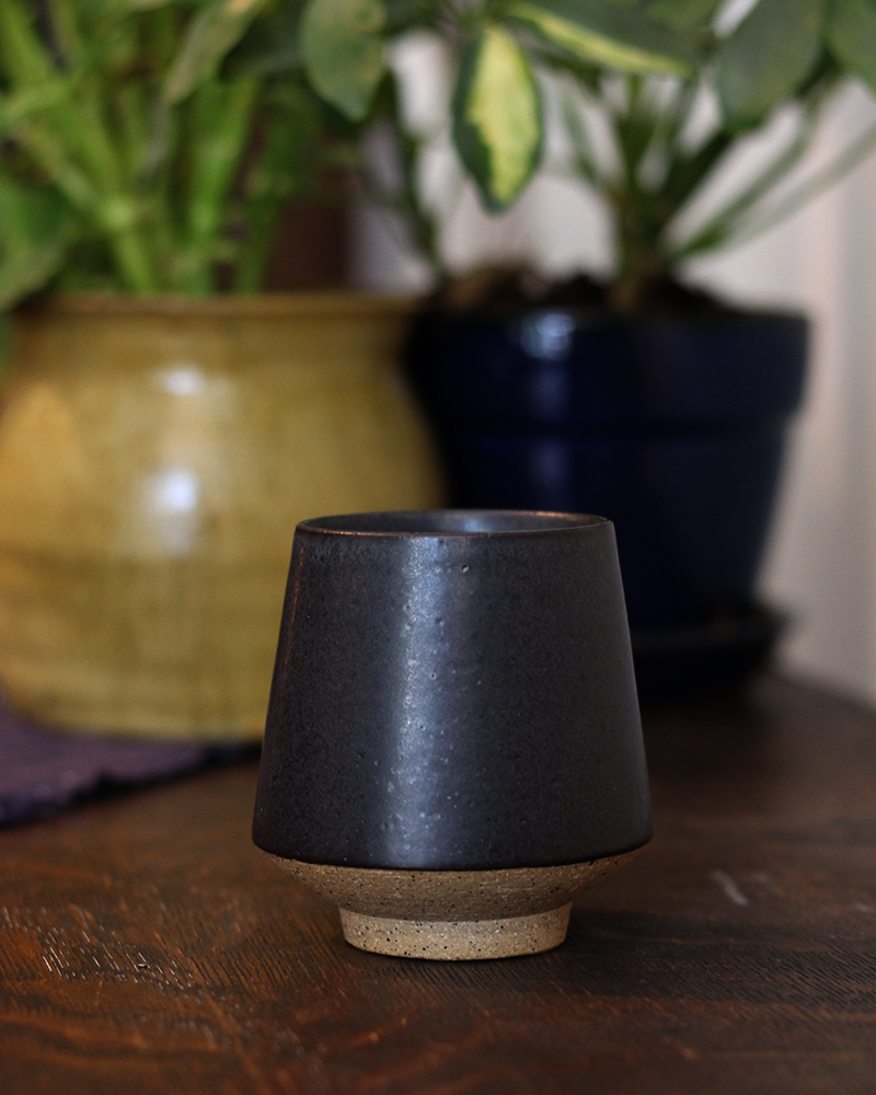 Kelly Pottery, Yunomi Half-Dipped Black