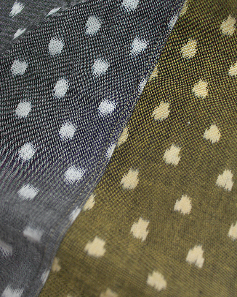 Double Split Scarf, Gray and Green Kasuri Dot