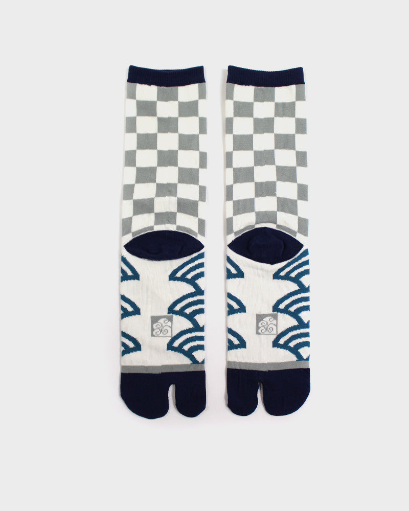 Tabi Socks, Grey and Blue Ishidatami and Seigaiha (M/L)