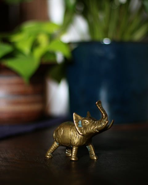 Vintage Small Elephant Brass Decor