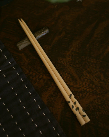 HANK by Henry, Zari Grey Chopsticks