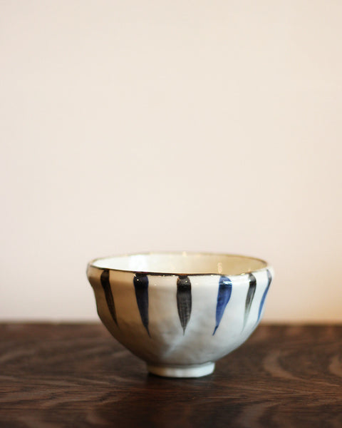 Mino-Yaki Hand Painted Stripe Bowl
