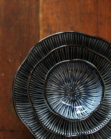 Hasami-Yaki Shaped Bowl Set