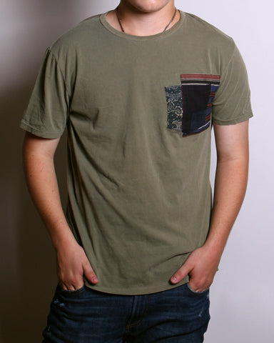 Pocket Tee Olive Kiku
