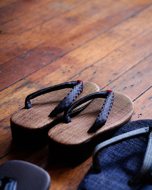 Setta Sandals With Heel, Ishidatami, Indigo & Red