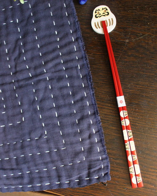Chopsticks and Rest Set, White Daruma