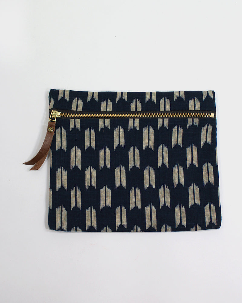 Flat Medium Zipper Pouch, Indigo Yagasuri