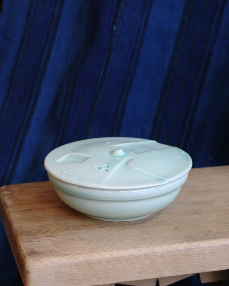 Kelly Pottery, Etched Salt Cellar Celadon