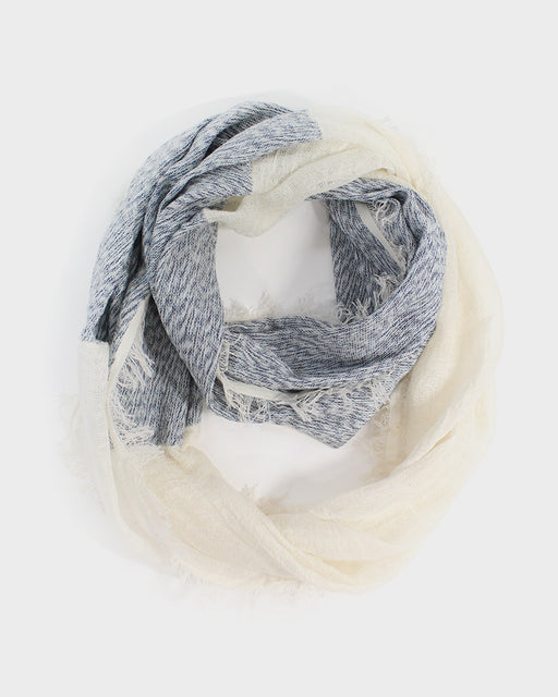 Kobo Oriza Fringed Snood, Marine White
