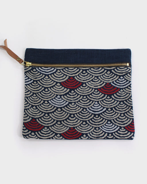 Flat Medium Zipper Pouch, Indigo, Cream and Red Seigaiha