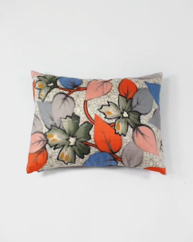 Pillow Flower and Leaves with Mosaic Pattern