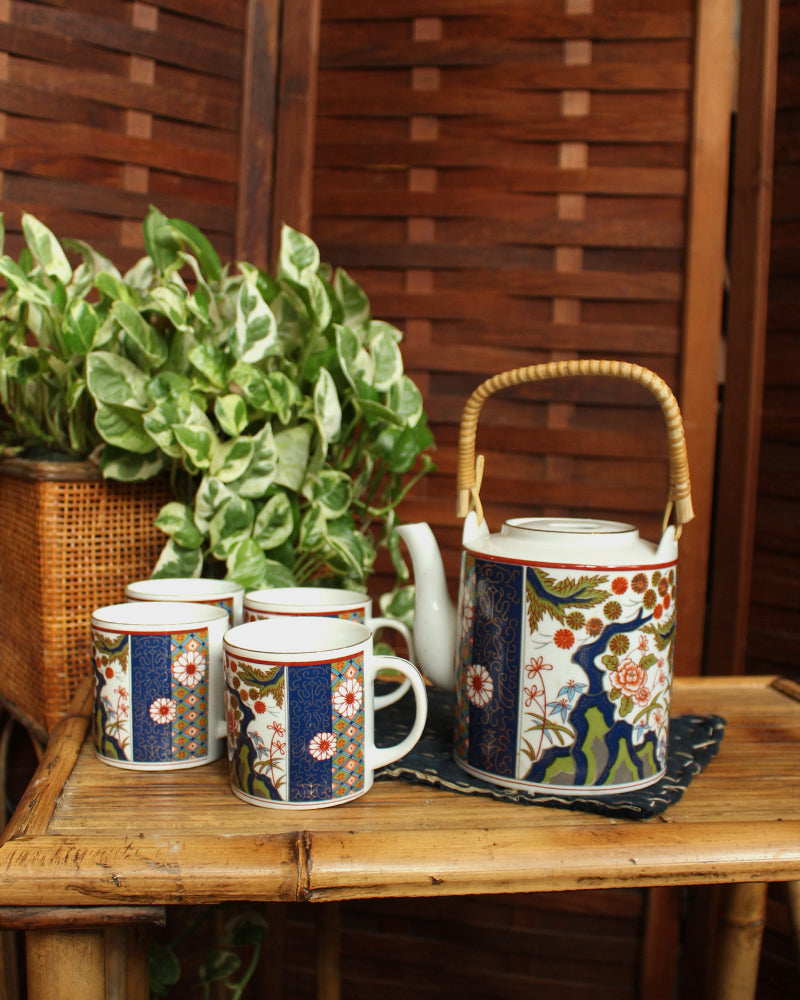 Old Imari, Tea Pot and Cup Set