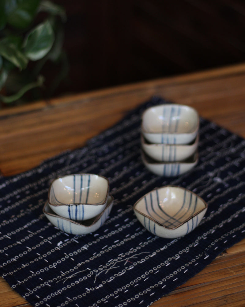 Dipping Sauce Plates, Beige with Blue Lines