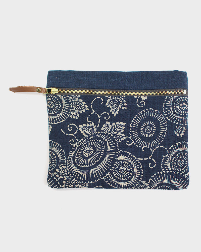 Flat Medium Zipper Pouch, Two Tone Indigo Kiku