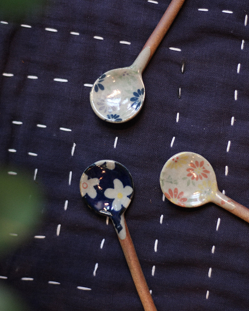 Mashiko-Yaki Hand-Painted Spoon, Blue and Grey Floral