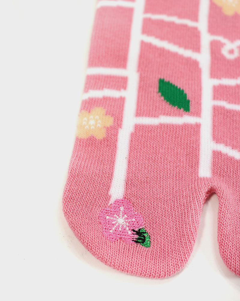 Tabi Socks, Pink Amidakuji with Embroidered Toe, 23-25cm
