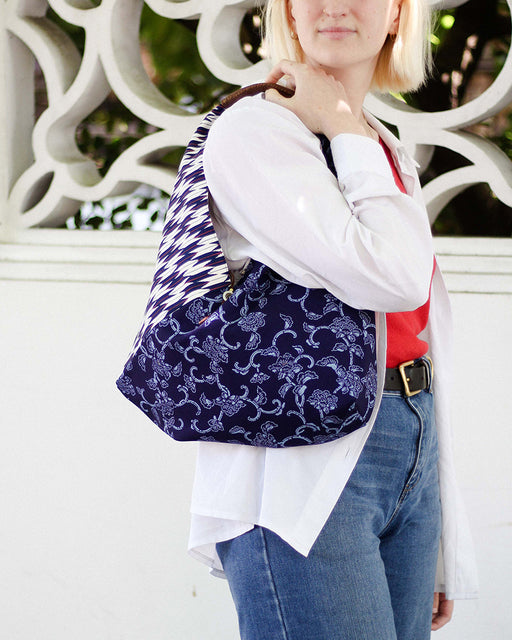 Tsuno Purse, White & Purple Yagasuri & Blue Botan & Karakusa