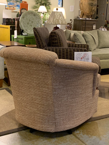 Non-toxic Petite Swivel Chair - Showroom Model