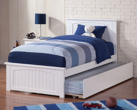 Nantucket Platform Bed with matching footboard, , Bedroom Furniture - Endicott Home Furnishings - 3
