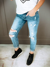 Load image into Gallery viewer, SKEETER BOYFRIEND JEANS