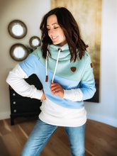 Load image into Gallery viewer, WANAKOME SELENE HOODIE - BABY BLUE MIX