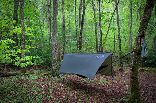eno tarpbest profly pitch a over co have therapie anywhere trees you review ridgeline warbonnet hang its tarp ifeno to online cover how hammock rain blackbird easy even two