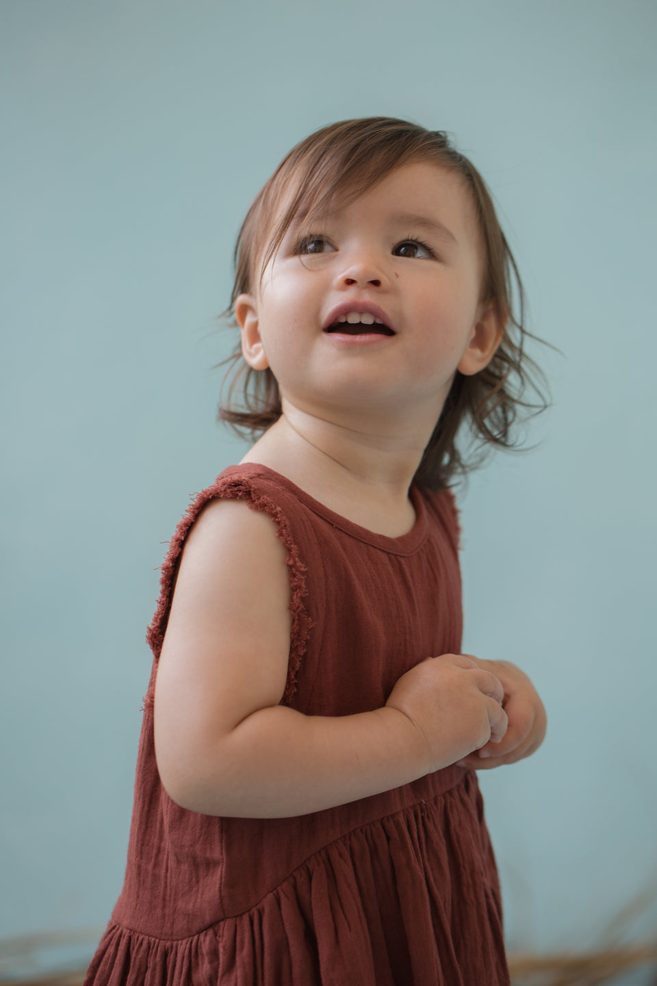 BABY ELIZA SLEEVELESS SMOCK - BRANDY