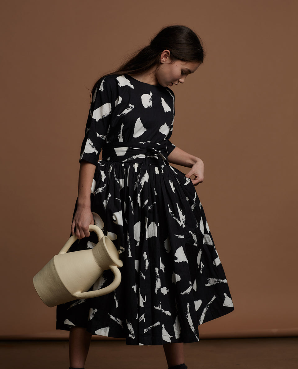 LAYNE DRESS & OBI BELT- CHALK PRINT