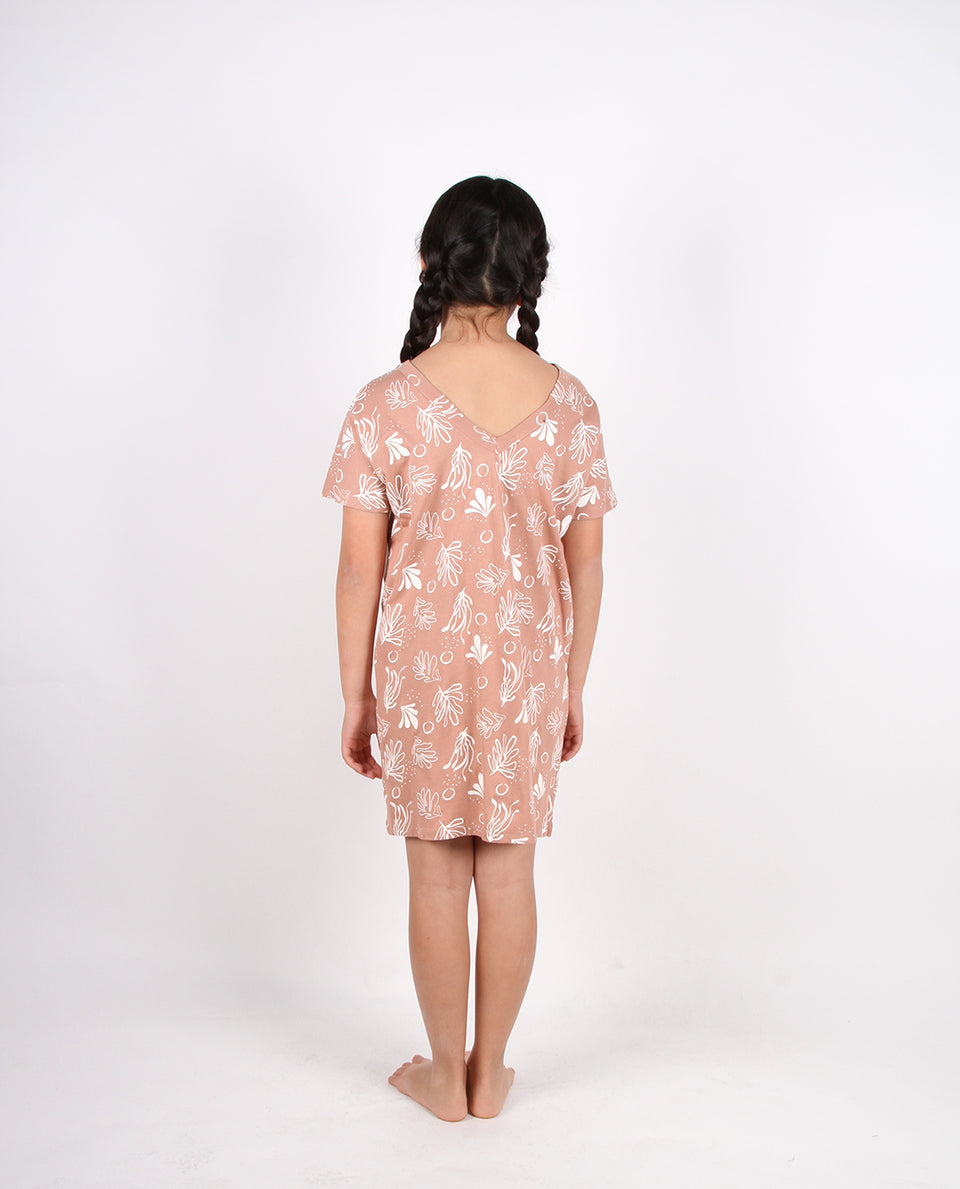 TEE LOUNGE DRESS - CORAL NIGHTS MOCHA