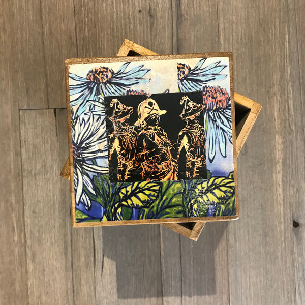 'Playing Pirates' David Bromley, Découpage Japanese Timber Box