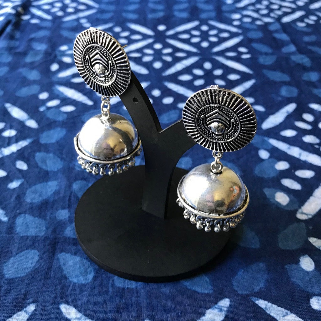 Egyptian style earrings at The Hues of India
