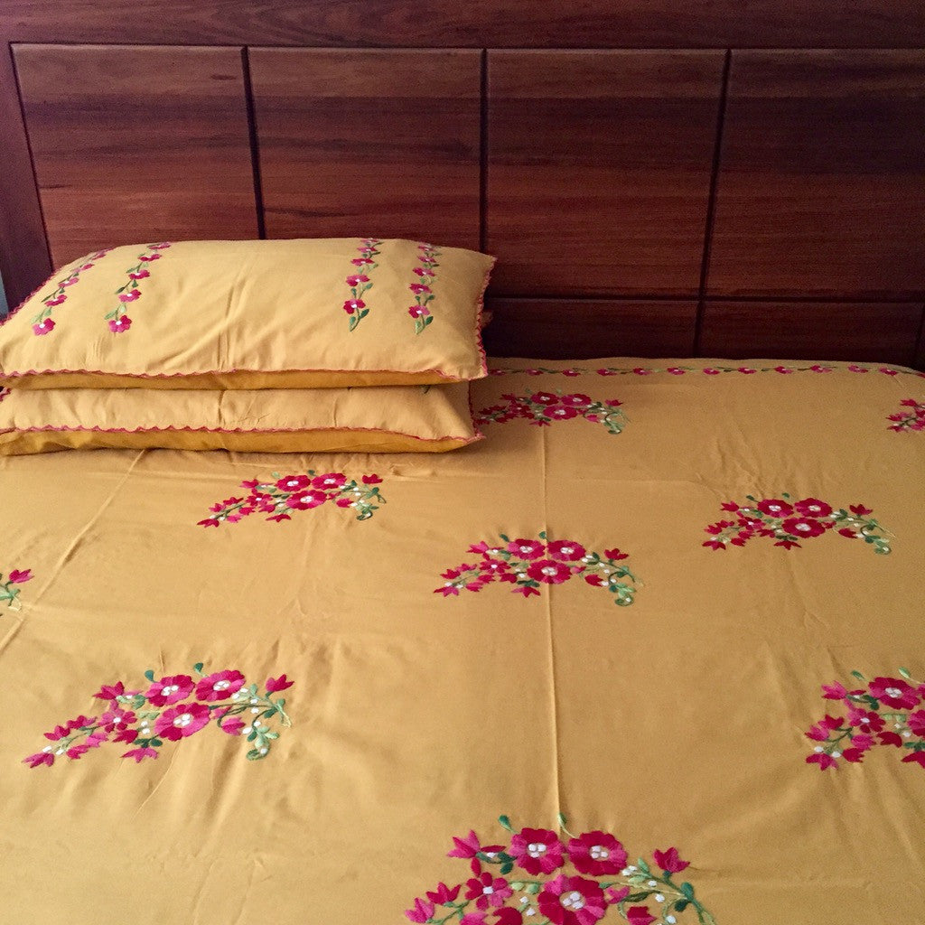 Floral Embroidered Bedsheet set