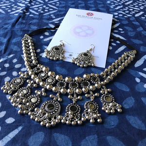 Silver Beads Necklace with matching earrings_The Hues of India