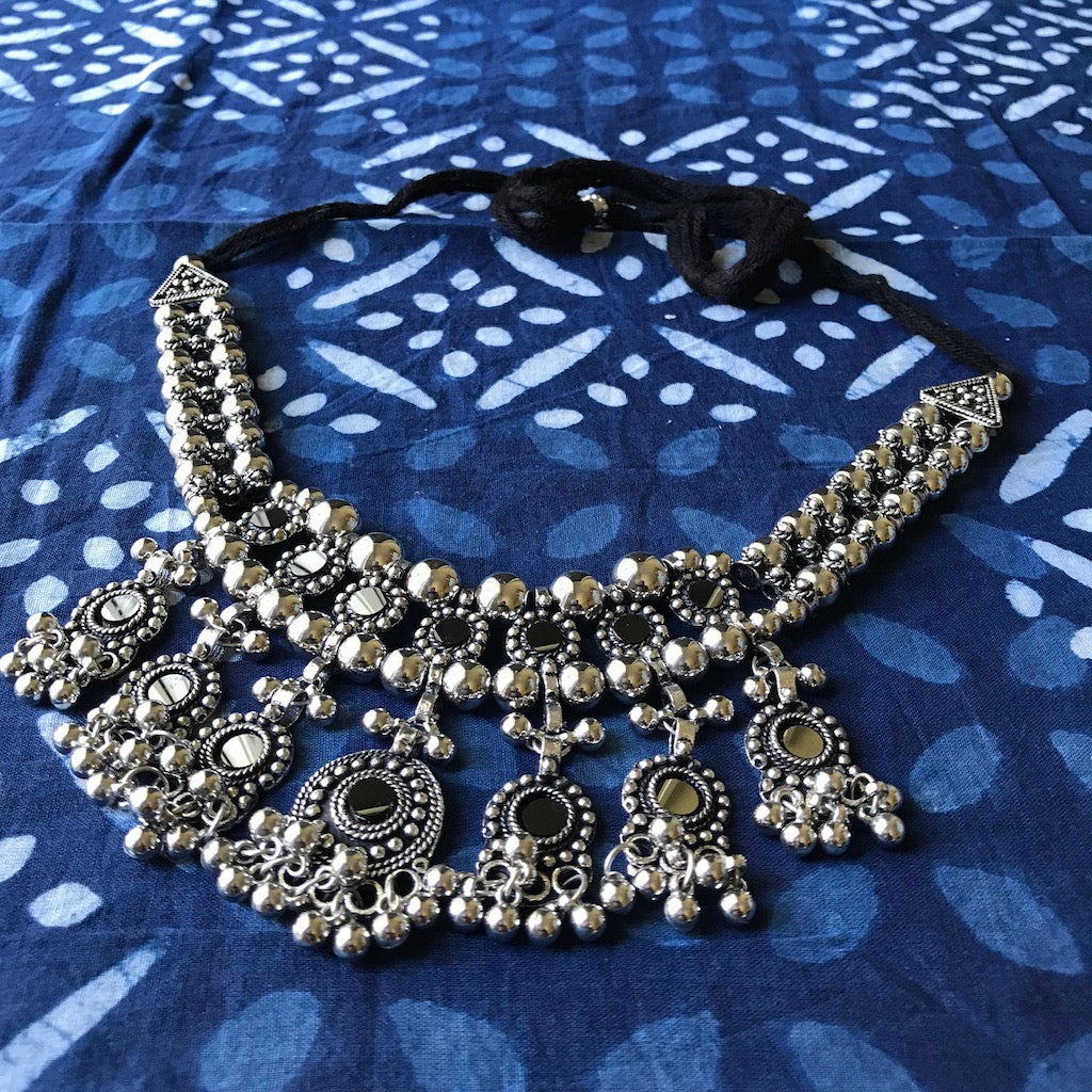 Silver Beads Necklace_The Hues of India