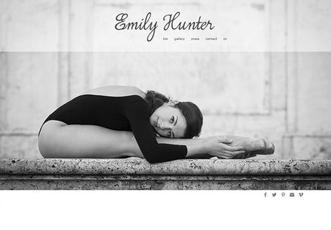 Web Design: Performer Portfolio Website on Wordpress or Squarespace